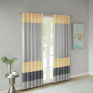 Amherst_yellow_curtain_1